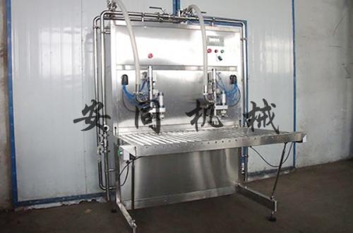 盒中袋灌装机:灌装机的发展要基于市场需求